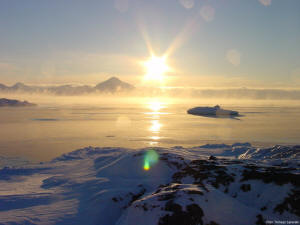 Winter fogs over the fiord